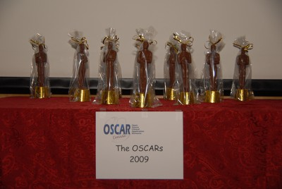 Award statues 09